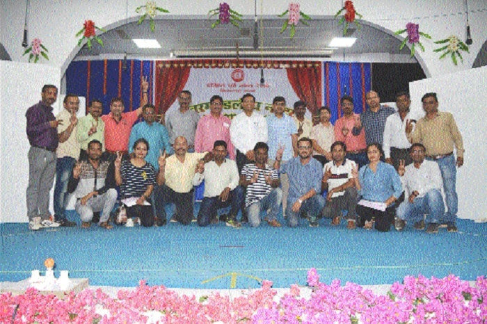 Raipur Railway Division's 'Murgiwala' bags first prize in inter-departmental drama competition