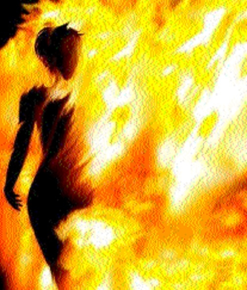 Hubby, father-in-law booked for setting woman afire