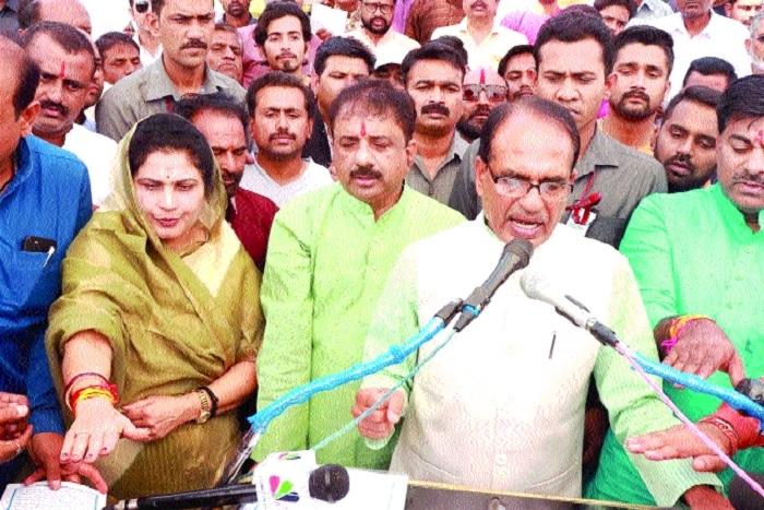 CM remembers Sardar Patel's contribution