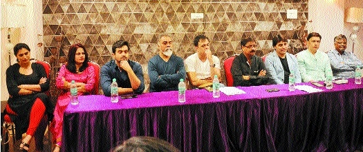 'Plays like 'Hamlet' has brought back good days for Marathi theatre'
