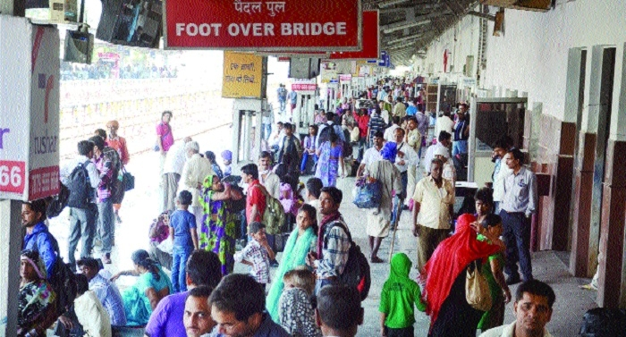 Rlys announces spl trains to tackle festive rush