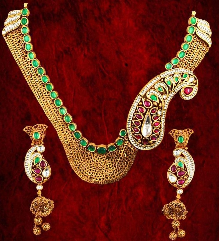 Karan Kothari Jewellers offers new designs in gold and diamond ornaments