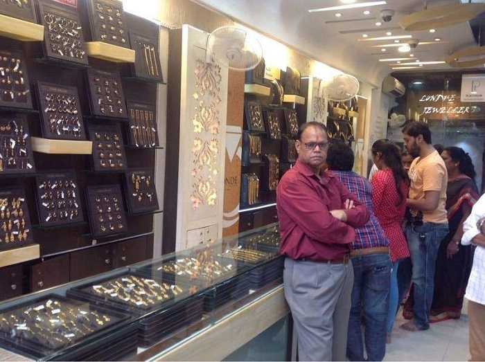 Londhe Jewellers brings exclusive Diwali collection