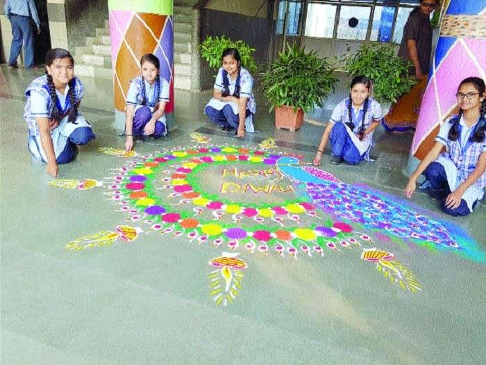 Shimmering lamps light up St Xavier's School campus