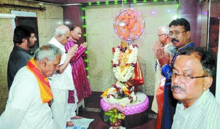 TN Governor Purohit inaugurates Sarbojanin Diwali Kali Puja fest