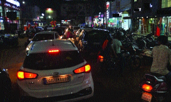 Traffic chaos in Steel City markets ahead of Diwali