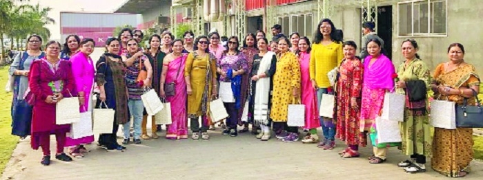 VIA-LEW team visits Textile Park