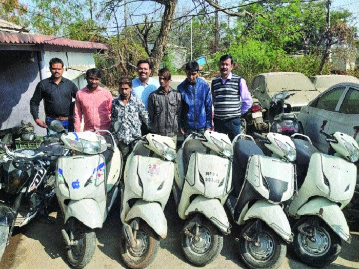 Vehicle-lifters' gang busted, 3 members arrested