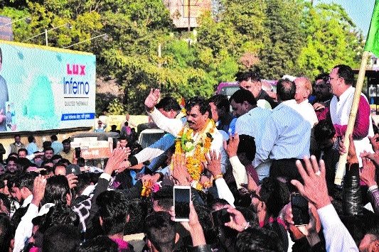 Cabinet Minister Lakhan Ghanghoria welcomed in city