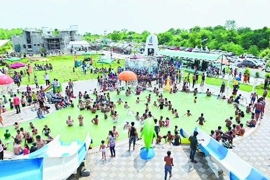 Dwarka Resort and Water Park getting overwhelming response