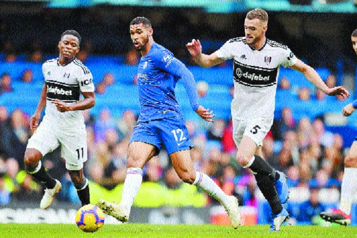 Pedro, Loftus-Cheek score to send Chelsea into third place