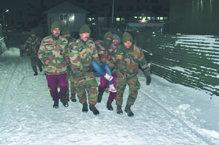 Army rescues more than 2,500 stranded tourists in Sikkim