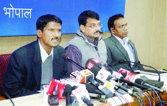 Report on complaints regarding EVMs sent to EC: Kanta Rao