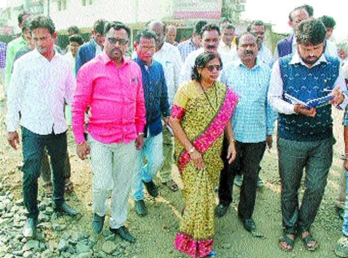 'Give priority to people's complaints'