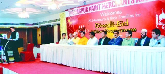 Paint traders celebrate Diwali, Eid Milan
