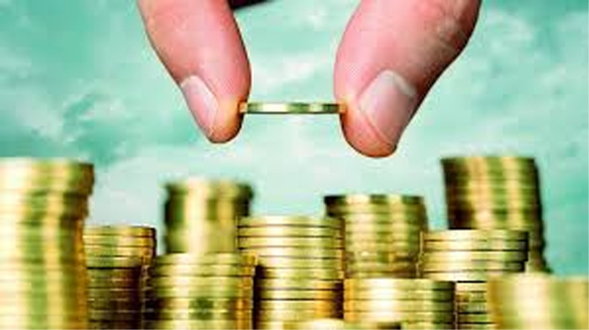 Mutual funds' asset base rises 8 per cent to Rs 24 lakh crore