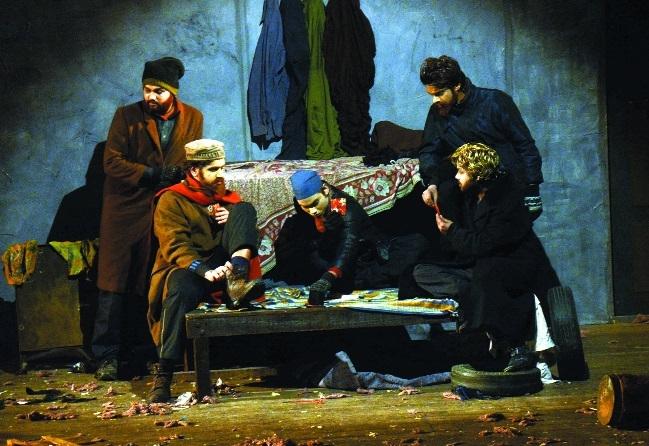 Hindi adaptation of Maxim Gorky's play Talghar gets good response