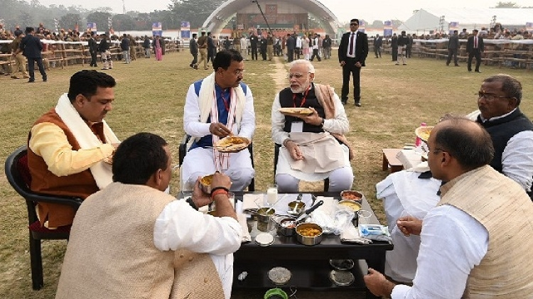 Now, Modi moots 'lunch pe charcha'