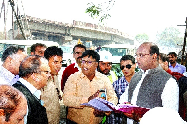 MoS Sarang reviews developmental works