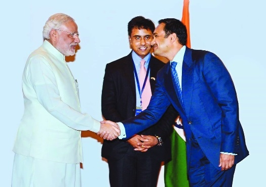 Taher Shams, MD Alexis Multispecialty Hospital joins Indians to welcome PM