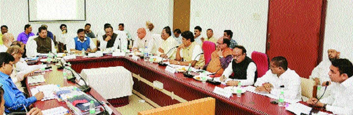 Legislators, agencies seek Rs 600 cr annual district plan for Nagpur