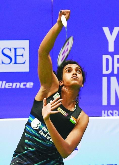 Srikanth bows out; Sindhu, Saina enter QFs