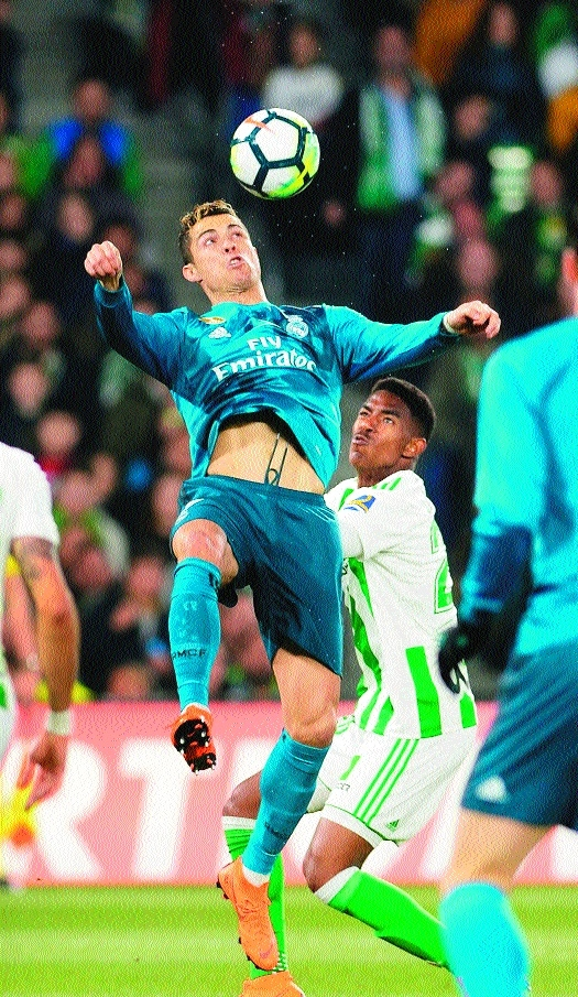 Real stage comeback to win eight-goal thriller