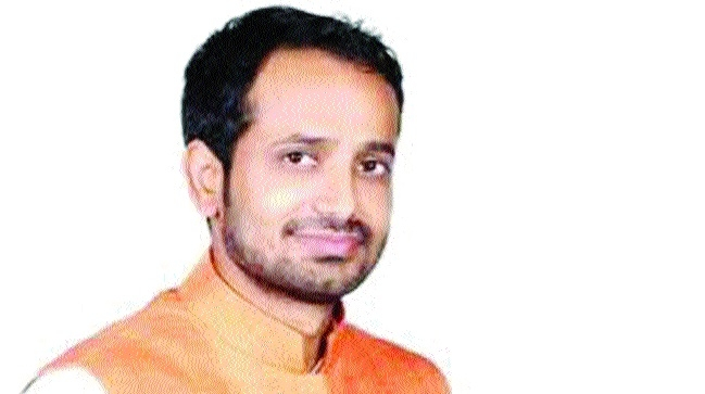 Congress MLA Hemant Katare booked for abduction, rape