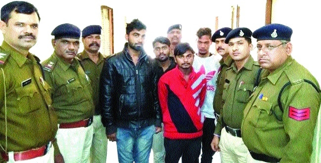 Dacoity plan foiled, 4 arrested