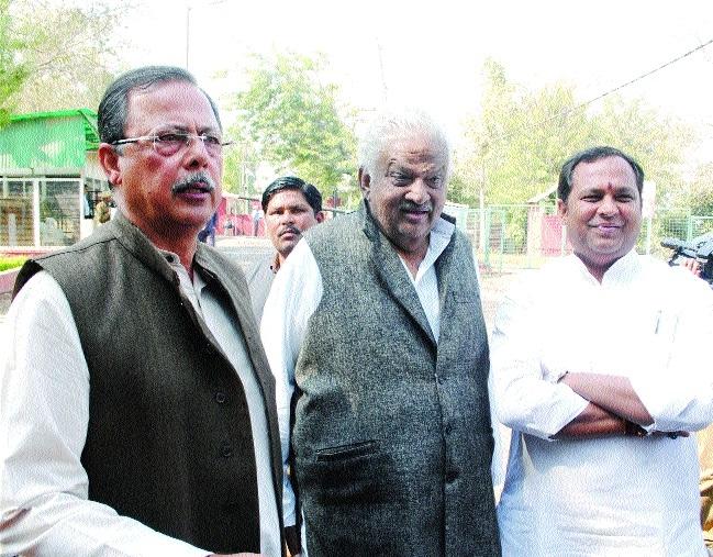 Ajay Singh meets CM, demands CBI probe into MLA Katare's case