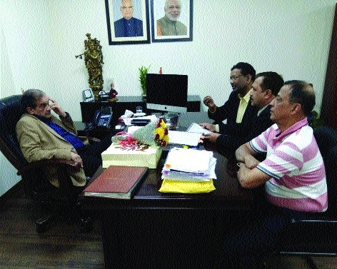 SEFI Office bearers meet Union Minister for Steel
