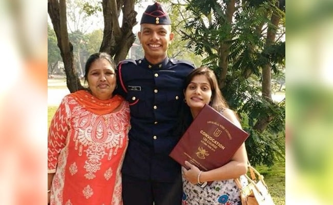 'Wish I had another son for Army'