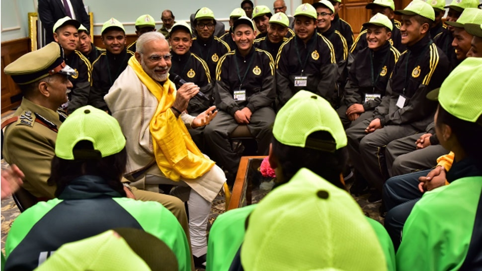 PM meets children from Sikkim, Ladakh