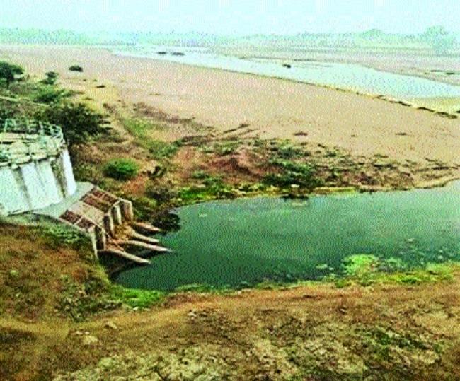 Kanhan river water at alarmingly critical level