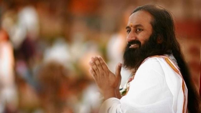Sri Sri renews efforts on Ayodhya row