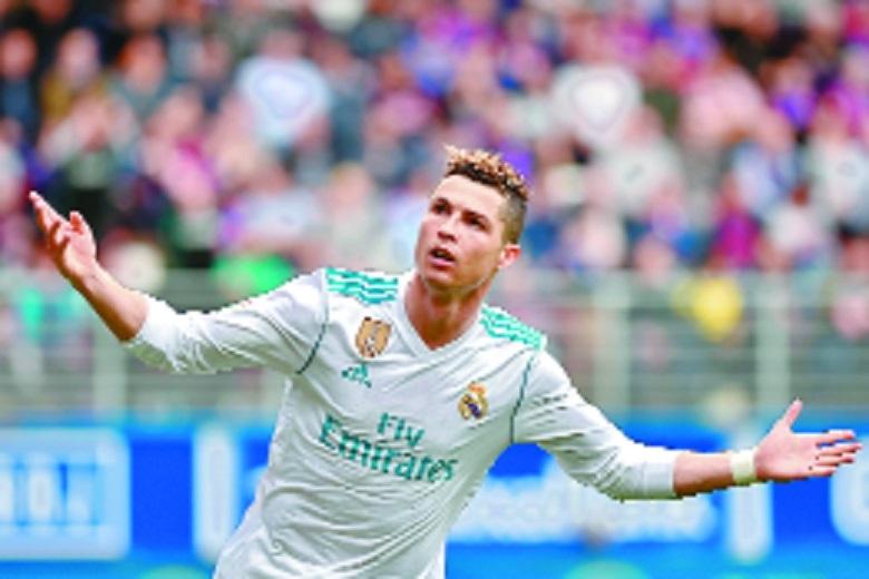 Ronaldo roars