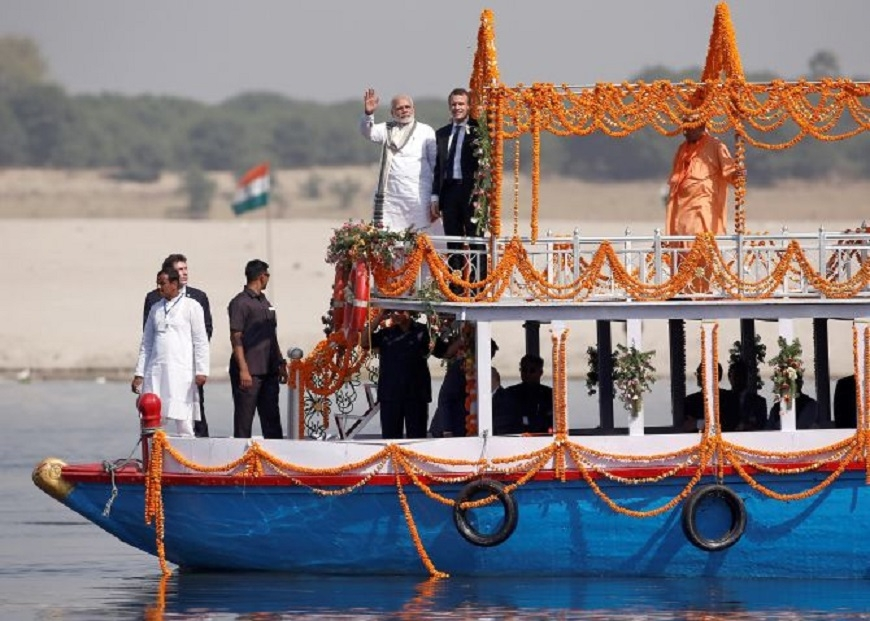 Macron gets glimpse of Varanasi's rich heritage