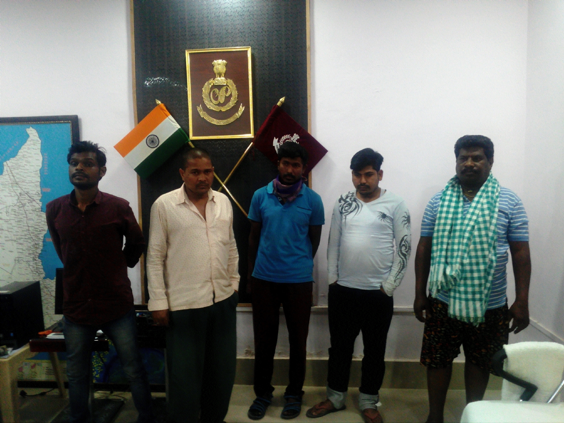 Five held for making counterfeit currency notes