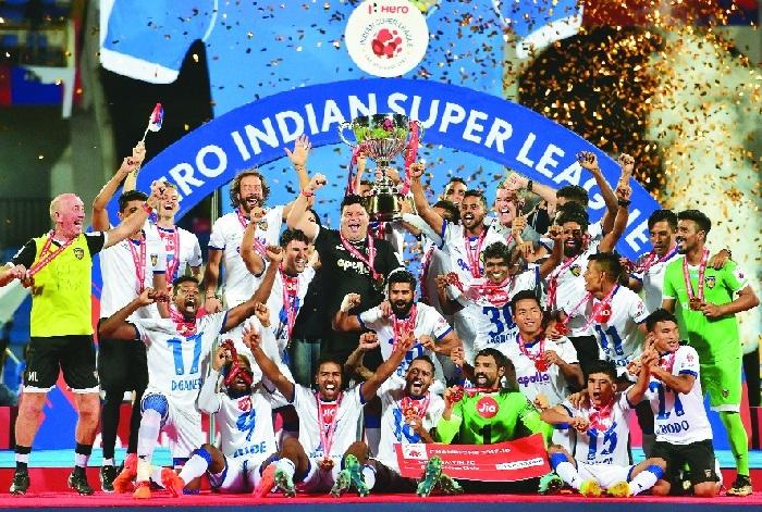 Chennaiyin FC lift ISL trophy