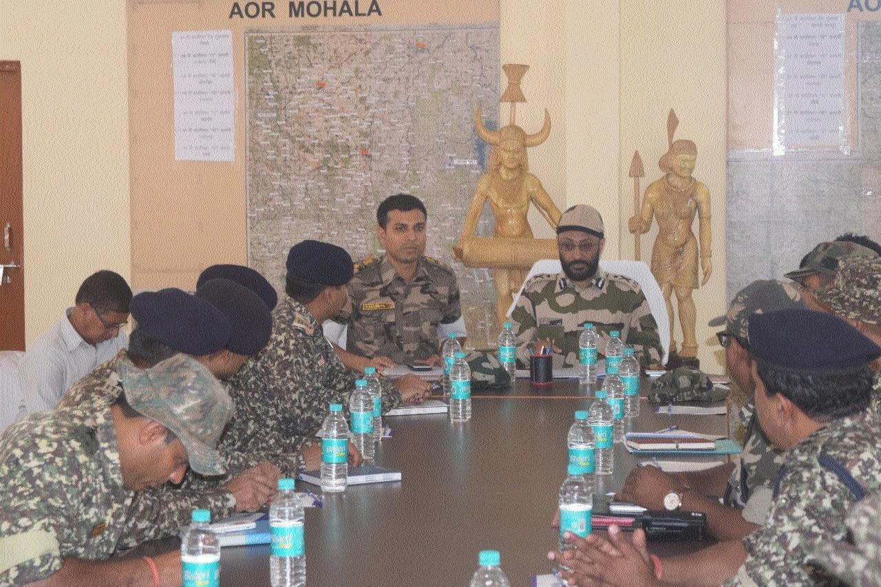 IG G P Singh reviews anti-Naxal operations