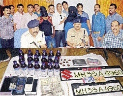 Gang of highway looters busted
