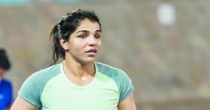With improved defence, Sakshi confident of CWG gold