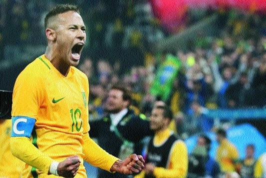 Neymar can outshine Ronaldo, Messi: Carlos
