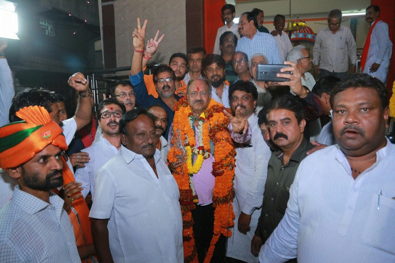 Agrawal accorded warm welcome