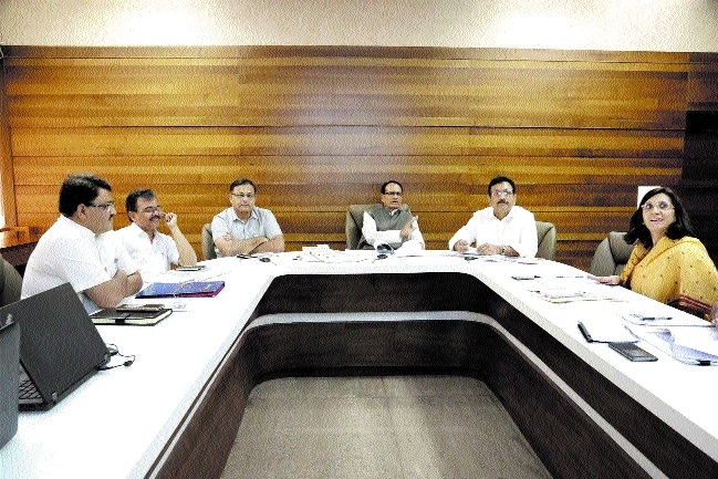 CM reviews workplan of School Edn Deptt