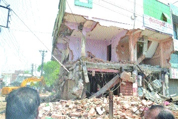 RMC razes Hotel Ritu Fort