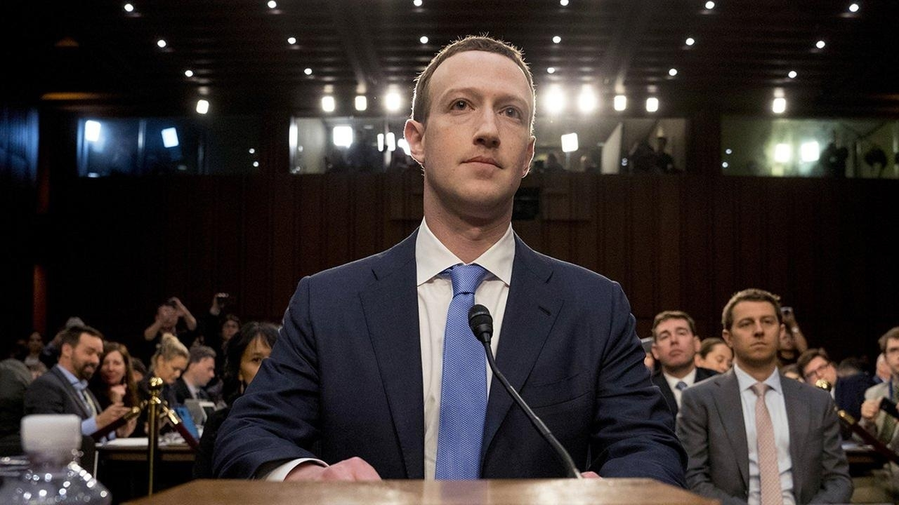 Zuckerberg says sorry to US Congress for failure to protect FB users' data