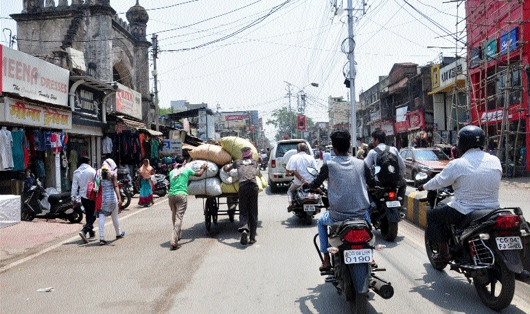 'Bandh' call fails to evoke response in State Capital
