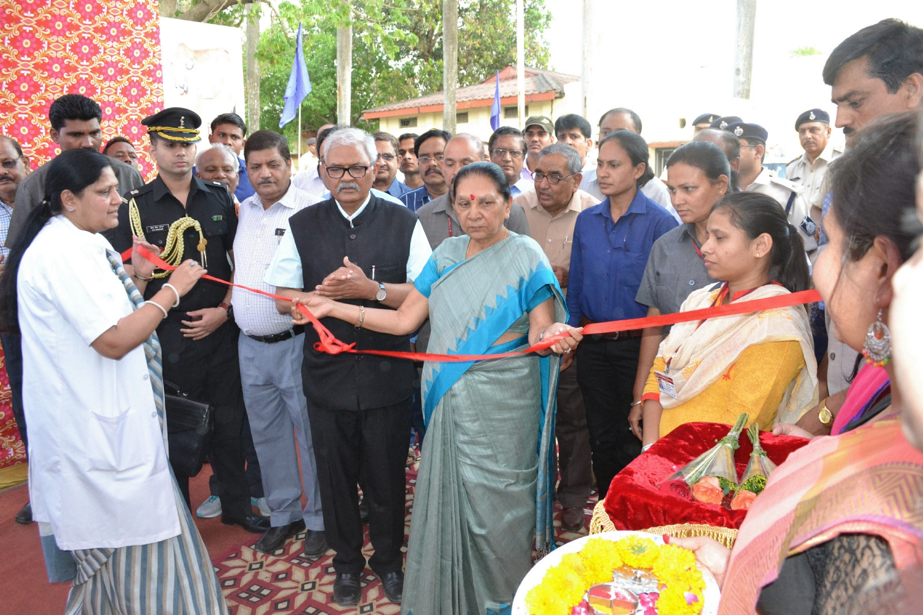Governor Patel inaugurates veterinary expo at NDVSU