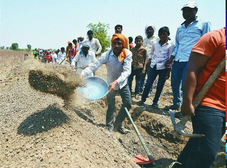 Beed villagers' 45-day 'Shramdaan Abhiyan' - a war on water crisis